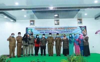 SMK Negeri 3 Kota Bengkulu mengadakan pelepasan Praktek Kerja Lapangan