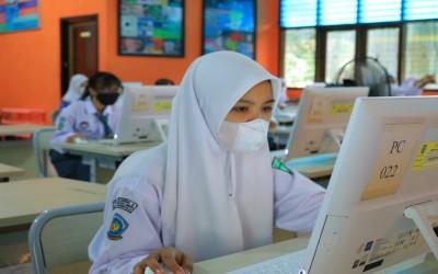 Siswa SMKN 3 Kota Bengkulu mengikuti Asesmen Kompetensi Minimum